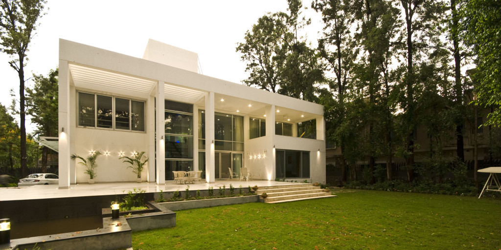 Villa Blanca Published In 50 Beautiful Houses In India